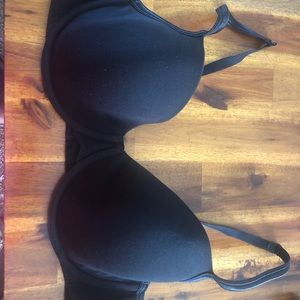 Cacique black 42d bra **with Bonus!!